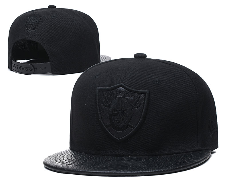 Raiders Team Logo All Black Adjustable Hat TX