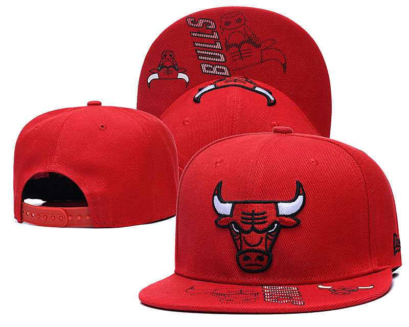 Bulls Team Logo Red Adjustable Hat GS